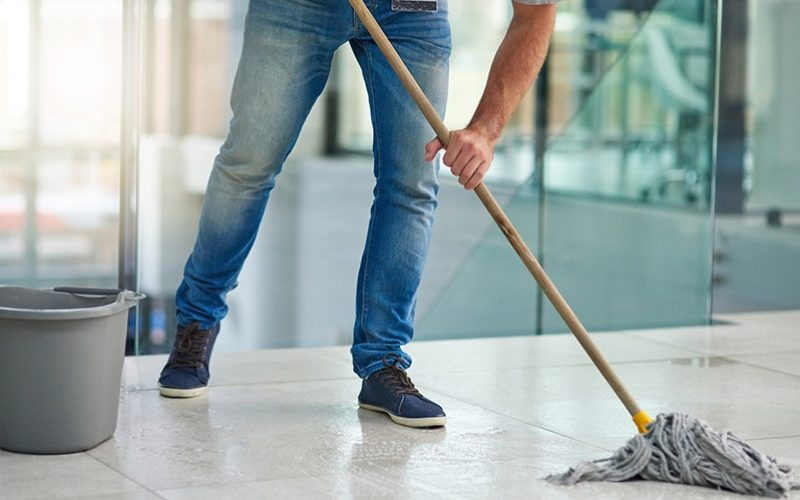 Office Cleaning: Dealing With Office Equipment, Restrooms, Floor And Garbage